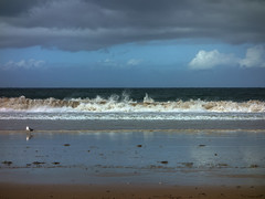 Praia Amrica 08 un da de lluvia (Pepe Fernndez) Tags: autumn mar paisaje nubes otoo olas gaviotas panxn nigrn playaamrica praiaamrica