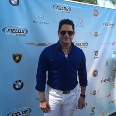 Fenomenal! Celebrity Guest, Seor Rey Ruiz, joins us today at Salsa y Sazn in Downtown #Orlando at #LakeEola Park! Join us today until 8PM! Plus, visit www.reyruiz.com and check out his latest album. #Fenomenal #ReyRuiz #sysfields #SalsaySazon #celebrity (landroverorlando) Tags: auto usa cars car orlando automobile florida united group rover land fields fl states autos landrover rangerover luxury automobiles wwwlandroverorlandocom