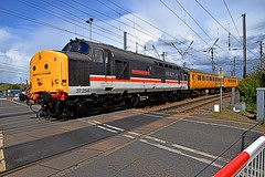 Colas Loco 37254on the rear of Network Rail Test Train, departing Manningtree & heading to Harwich International. 27 04 2016 (pnb511) Tags: branch crossing diesel rail loco level locomotive freight harwich colas networkrail geml class37 greateasternmainline pointwork