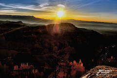 SITTING ON THE EDGE ... (Aspenbreeze) Tags: southwest nature rural sunrise dawn utah nationalpark brycecanyon rockformations brycecanyonnationalpark westernusa utahlandscape aspenbreeze moonandbackphotography bevzuerlein