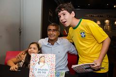"""Lançamento do livro """"O Mundo da Ivy - 11 anos de uma Downzinha muito feliz"""""""