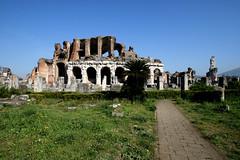 Amphitheater Capua von auen (MagWigbold) Tags: amphitheater capua