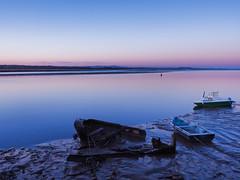 sunk-4200201 (E.........'s Diary) Tags: sunset reflection river scotland fife calm tay eddie newburgh rossolympusomdem5markiiscotlandapril2016newbur rossolympusomdem5markiiscotlandapril2016newburghfifespring