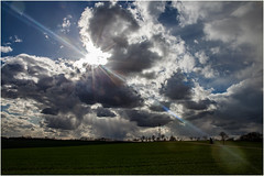 Clouds & Sun (:: Blende 22 ::) Tags: trees rain clouds rural germany landscape shower deutschland licht thringen spring feld meadow lookout thuringia incoming vista grn landschaft lightshadow schatten sonnenstrahlen springtime eic landkreis eichsfeld flinsberg canoneos5dmarkii ef2470f28liiusm