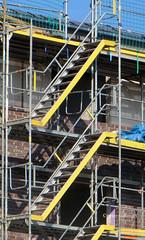 31-IMG_2857 (hemingwayfoto) Tags: baustelle treppe gelb arbeit bau neubau stahl gelnder gerst warnfarbe rethenleine