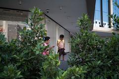 *PEE. (Sakulchai Sikitikul) Tags: street leica boy pee 35mm thailand bangkok sony streetphotography snap summicron a7s