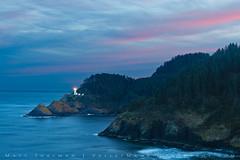 Heceta Head Lighthouse (Matt Thalman - Valley Man Photography) Tags: ocean light lighthouse water oregon sunrise coast waves pacific pacificocean headland hecetaheadlighthouse