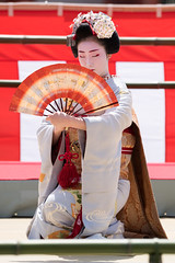 (byzanceblue) Tags: red woman cute girl beauty japan female japanese dance kyoto shrine traditional maiko geiko geisha   kimono gion    kanzashi         miyakawacho  toshiemi