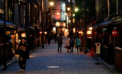 Night in Gion (Giovanni88Ant) Tags: kyoto  gion
