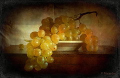 Grapes with Vintage Feeling ... (MargoLuc) Tags: winter light stilllife white texture window yellow fruit table golden wooden soft dish natural time grapes pottery uva skeletalmess