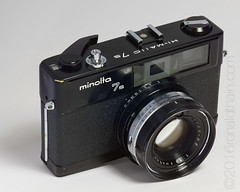 Hi-Matic 7s in black paint finish (ronaldthain) Tags: camera stilllife film minolta mf analogue 135 himatic7s