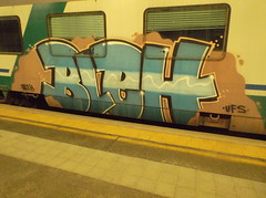 057 (en-ri) Tags: train writing torino graffiti bleh ufs indaco