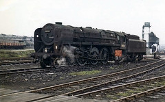 grimy vulcan (midcheshireman) Tags: train shed steam locomotive vulcan britannia 5b engineshed 70024 crewesouth