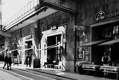 Another Berlin Breakfast (Thomas Pawls) Tags: street morning people white black berlin coffee breakfast easter restaurant cafe nikon tram railway sbahn monachrome d3100