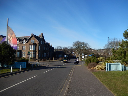 Ferrier Street intersecting Links Parade, Carnoustie