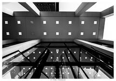 Frankfurt City 015_web (vschh) Tags: bw white black architecture canon germany eos frankfurt architektur weiss schwarz 70d