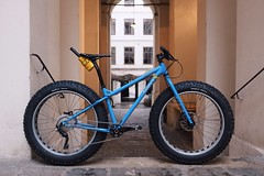 #surly #icecreamtruck #fatbike #steelisreal #wolvetooth #citybiker (Citybiker.at) Tags: surly icecreamtruck citybiker steelisreal fatbike wolvetooth