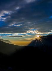 Tramonto sul Triangolo Lariano (LaBi_LauraBindaPhotoGraphics) Tags: italy como sunrise lago tramonto bellavista ita comolake triangololariano veleso