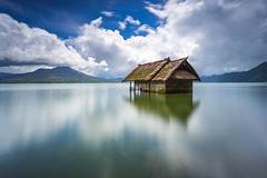 Drown House over the Lake of Kintamani Batur Mount, Bali Indonesia (HakiimMislam) Tags: travel sky bali canon indonesia landscape long exposure outdoor sony wideangle filter lee