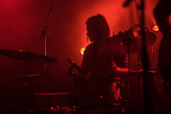 DeWolff (denise_amber) Tags: light music black silhouette rock dark drums back concert guitar pop beam podium blacklight sing concertphotography 3voor12 musicphotography asteriks dewolff gogoberlin