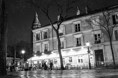 A cafe in Place de Tertre (paulstewart991) Tags: street longexposure bw france night cafe montmartre canon70d