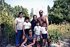 Ali with mom, Durdugl & Apti's family, Polyanovo 1984 (ali eminov) Tags: trees people plants gardens parents families mothers ali bulgaria apti bulgarie selime bulgaristan sevin zeliha parentsandchildren polyanovo alieminov hayriye markomale durdugl