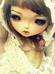 in white (Nirmrill) Tags: dolls sweet sasha bjd leekeworld leekeworldashley