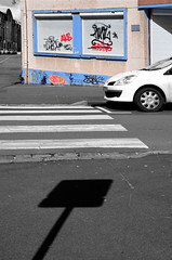 The fall of Alioune (Jean-Luc Lopoldi) Tags: cutout graffiti tags ombre peinture zebracrossing trottoir abandonn vandalisme dsaturationslective voletferm