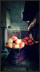 Cuisine normande (Giulia_) Tags: fruit rouge cuisine fance normandie chteau pomme eure beaumesnil avr16