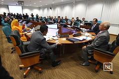 Mesyuarat Majlis Perumahan Negara bil.Parlimen 6/4/16