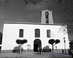 Iglesia de Santa Gertrudis de Fruitera (Photoz Darkly) Tags: blackandwhite bw monochrome blackwhite spain espana ibiza