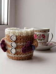 ) (lenakolobova) Tags: winter cup window coffee handmade clothes cups