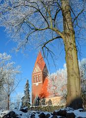 Biestow #10 (victorlaszlo73) Tags: winter sunny sonnig dorfkirche mecklenburgvorpommern biestow