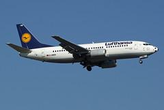 Lufthansa Boeing 737-330 D-ABEB (Kambui) Tags: germany airplane deutschland football colorful fussball soccer airplanes special planes lh lufthansa aviones avions flugzeuge  avies paintschemes aeroplani kambui  sonderbemalung