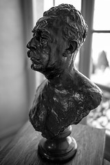 Musée Rodin (Sébastien Bruzzo) Tags: bw paris museum noiretblanc bokeh sony musée muséerodin rodin sonya7r
