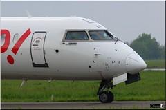 CRJ-1000 NexGen, HOP!, F-HMLM (OlivierBo35) Tags: hop rennes spotting crj rns crj1000