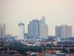 One City - Darmo Boulevard District, Satelite City (Detta Priyandika) Tags: life city indonesia skyscrapers kota surabaya