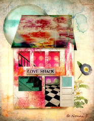 THE LOVE SHACK (Nonni_F) Tags: happyplace shadesofblue dreambig littlehouses cutapartff sillylittlehouses littlehouseofflowers whatnot3