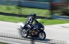 Amazing rider Honda CBR 929 (krzysztof_los) Tags: speed canon honda eos 350d amazing iii motorcycles motorbike motorcycle adrenaline ef 456 cbr 929 adrenalina 2890 motocykle prdko szybko