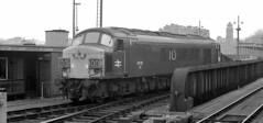 45 120 At St. Pancras 1976 (Sir Hectimere) Tags: stpancras midlandmainline class45 trainsandrailways