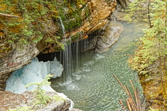 Maligne Canyon (ryan.kole32) Tags: longexposure travel canada nature beauty landscape rockies outdoors nationalpark jasper hiking sony canyon alberta rockymountains jaspernationalpark canadianrockies malignecanyon jasperalberta beautyinnature sonya77