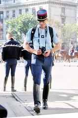 bootsservice 07 8370 (bootsservice) Tags: horse paris army cheval spurs uniform boots military cavalier uniforms rider cavalry militaire weston bottes riders arme uniforme gendarme cavaliers equitation gendarmerie cavalerie uniformes eperons garde rpublicaine ridingboots