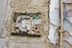 Jrme Gulon_1661 rue de la Butte aux Cailles Paris 13 (meuh1246) Tags: streetart paris chapeau butteauxcailles paris13 mosaque ruedelabutteauxcailles jrmegulon jeanbaptisteclment