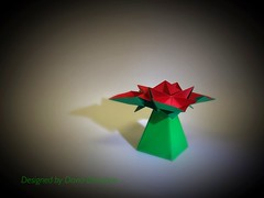 Flower box (OrigamiVisionz) Tags: david flower origami pyramid gift donahue
