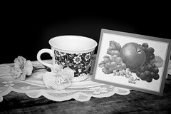 Still Life (Mulewings~) Tags: flowers blackandwhite bw stilllife love different cups card