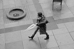 DSC_2435 copia (Cazador de imgenes) Tags: madrid street winter espaa spain nikon streetphotography gran streetphoto invierno 16 espagne spanien spagna spanje va granvia spania  2016 spange d7000