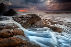 Rock waterflow (FPL_2015) Tags: ocean sunset seascape water landscape rocks sydney australia northernbeaches northcurlcurl leefilter canon6d gnd09 canon1635f4lis
