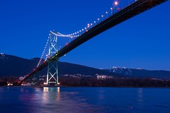 Ramp up for the weekend (Spencer Finlay) Tags: park bridge nightimages cityscape bright britishcolumbia stanleypark lionsgatebridge bluehour photos604