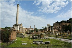 Temples and Houses (Davy Ellis) Tags: rome theforum