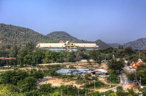 View from Wat Khao Noi to Wat Isukato